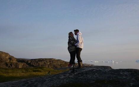 FAR NORTH: Tiffany Ayalik & Hans-Henrik Suersaq Poulsen  |  Diskotek Session, Oqaatsut, Greenland